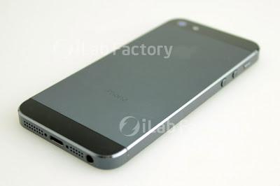 iLab Factoryにより組み立てられたiPhone5 背面