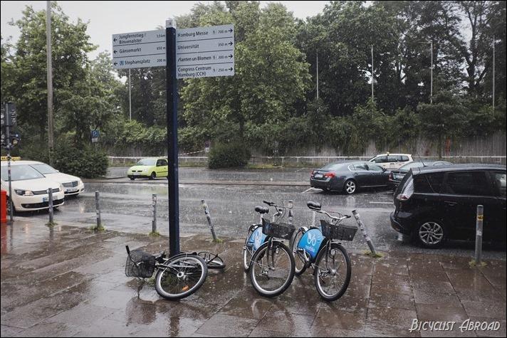 rain on bikes