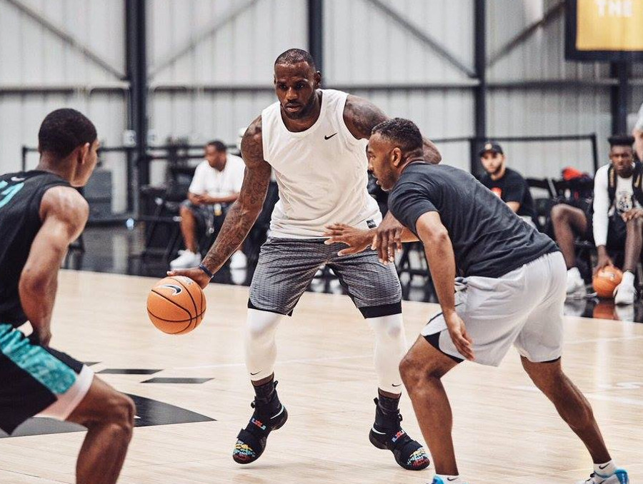 cheaper 148d4 a9aa9 James Wears New LeBron Soldier 10 at Nike Basketball Academy ...