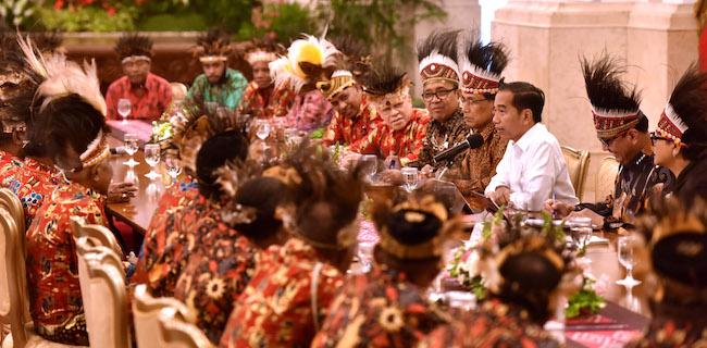 Lockdown Dibatalkan Pemerintah, 19 Relawan Papua Menggugat Jokowi