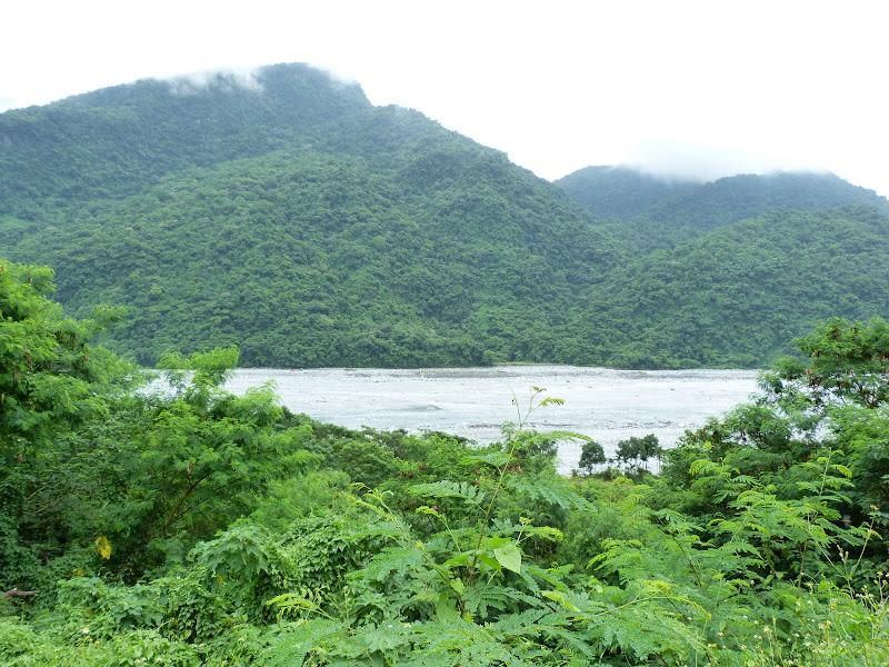 Hualien County. De Liyu lake à Fong lin J 1 - P1230686.JPG