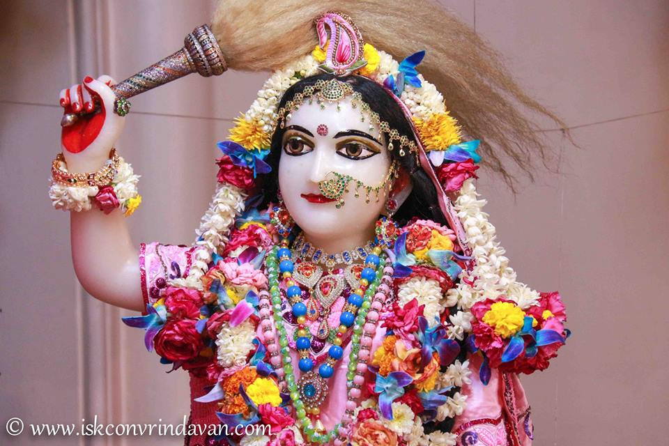 ISKCON Vrindavan Sringar Deity Darshan 08 April 2016 (8)