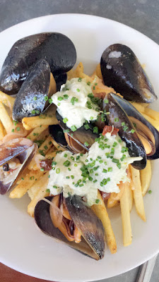 Clyde Common Happy Hour dish of the Mussels comes with lots of frites
