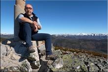 Cueto Suspirón mendiaren gailurra 1.829 m. --  2015eko apirilaren 5ean