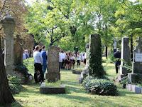 11 Az ünnepségre a Fiumei úti sírkert 29-es parcelláján került sor.JPG