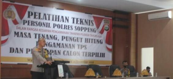 Kapolres Soppeng AKBP Roni Membuka Acara Pelatihan Teknis Pengamanan TPS Pilkada 2020