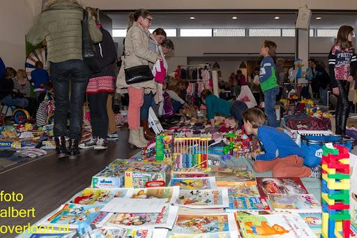 Kindermarkt - Schoenmaatjes Overloon 09-11-2014 (21).jpg