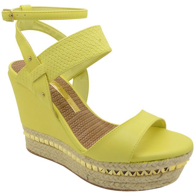 89c6c78d3 Separei alguns calçados da coleção pra vocês verem amores, eu amei e vocês  o que acharam? Comente amores!!!