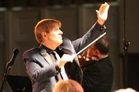 Warren Cohen Conducting
