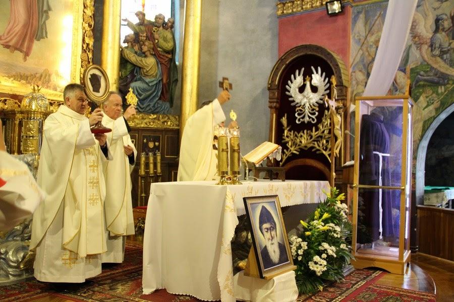 Z relikwiami św. O.Pio w Istebnej - IMG_3492.JPG
