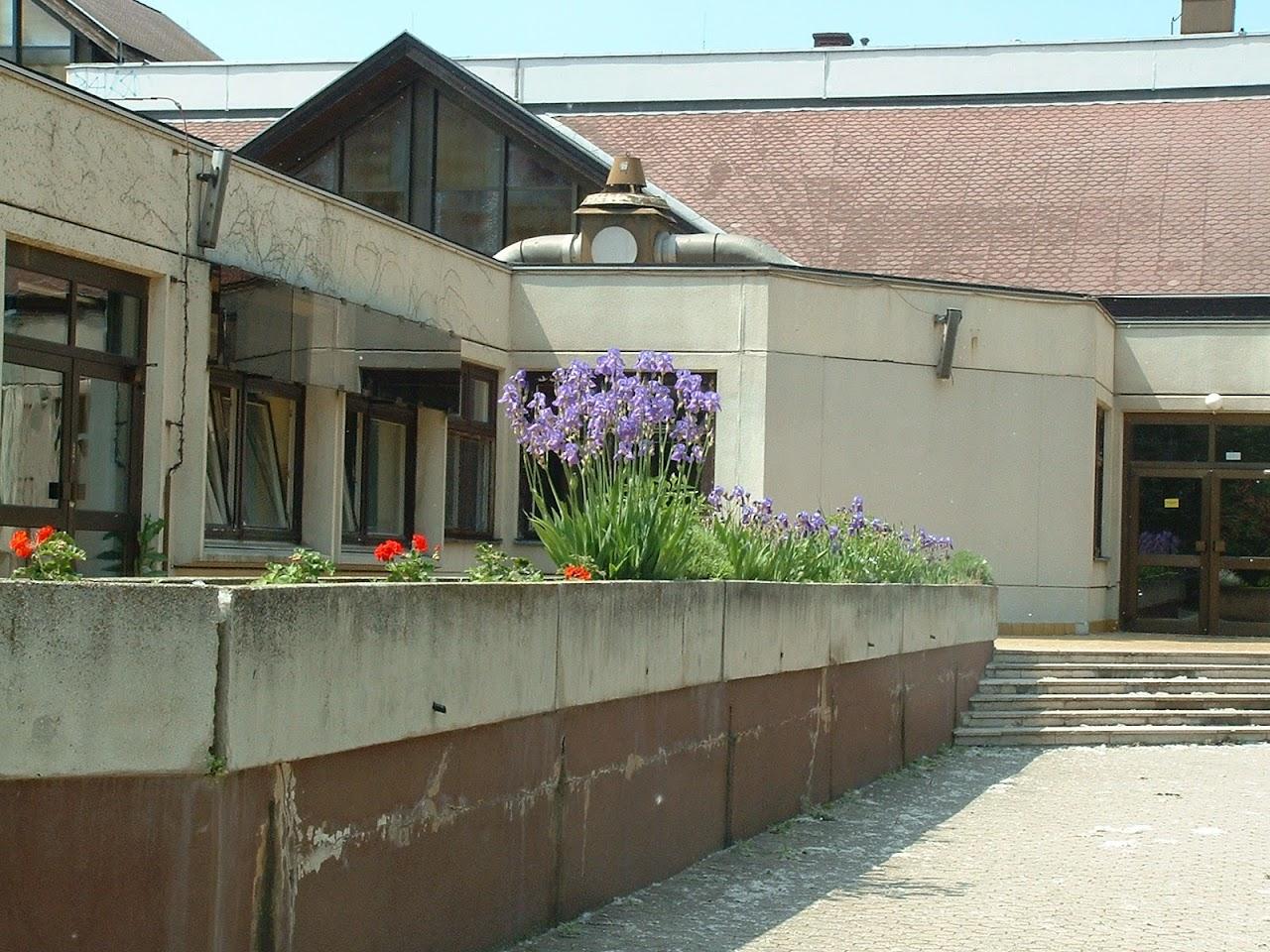 Képek az iskoláról - image019.jpg