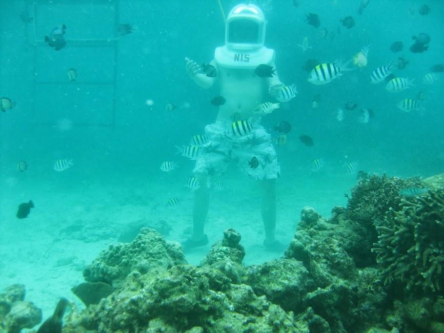 Reefwalking in Boracay