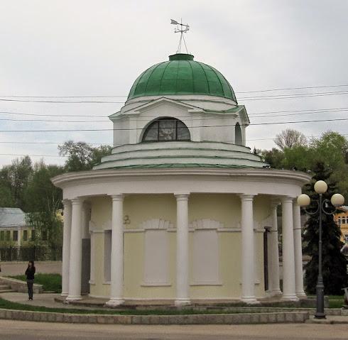 Эконом памятник Купола Медынь Лампадка из габбро-диабаза резная Спас-Деменск