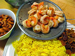 Photo: fried fresh shrimp for salted black olive fried rice