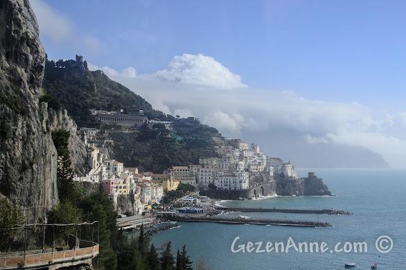 Amalfi'ye doğru ilerlerken