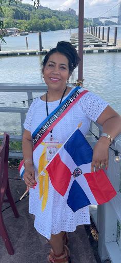 Partido Democrático Participativo Dominicano desfilan en la Sexta Avenida de Manhattan