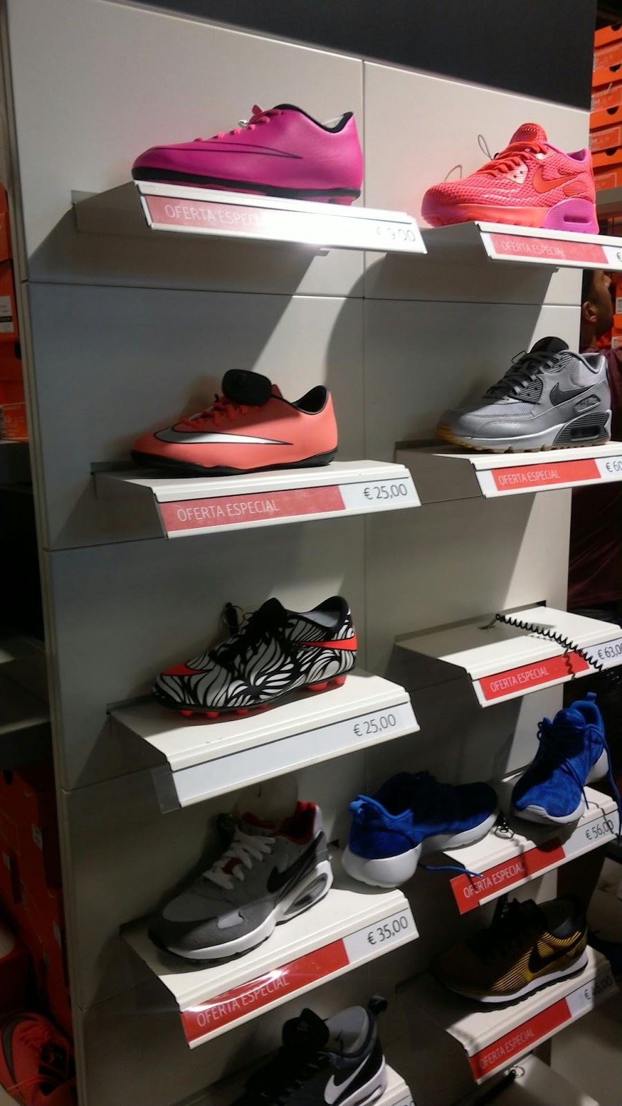 Superjueves en Nike Factory de Plaza Mayor Málaga a982f76cb8e63