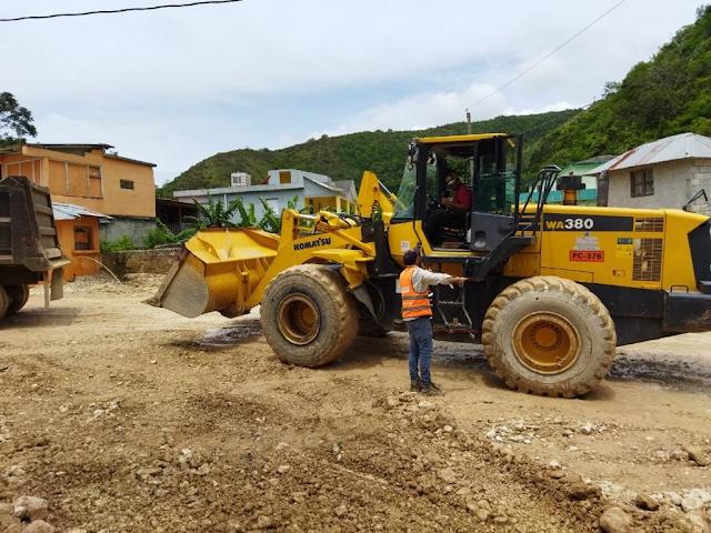 En Polo Abinader dispone reparación caminos vecinales destruidos por el paso de la onda tropical Grace.