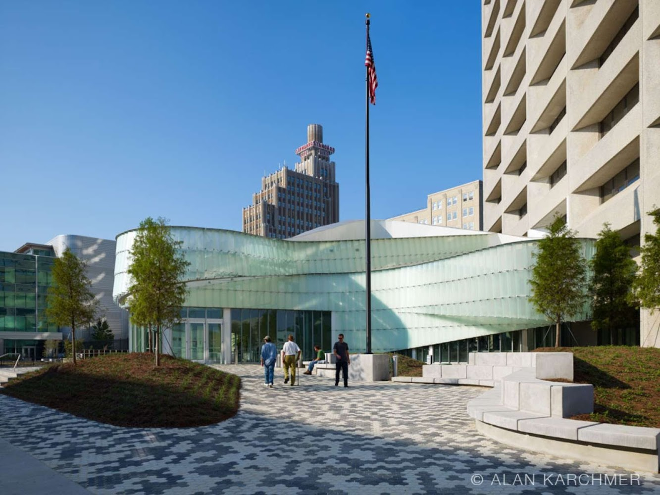 McCoy Federal Building by Schwartz Silver Architects