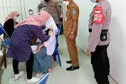 Warga Serbu Kelurahan Pondok Jaya Untuk di Vaksin