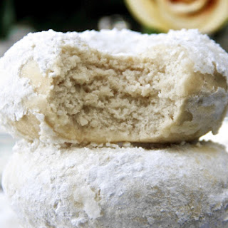 Skinny Powdered Sugar Donuts