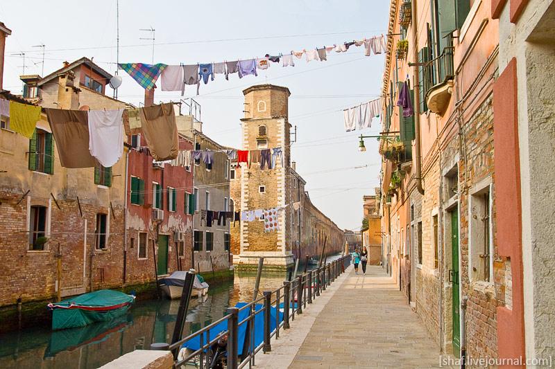 http://lh3.googleusercontent.com/-R7BGPdGJpII/S_RRaqLkEMI/AAAAAAAAUAc/3vjY496eQsc/s800/20100410-155220_Venice.jpg