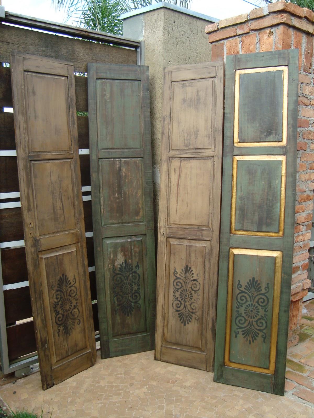 #5F4B33  Brasile: Restauração em Madeira e Pintura Especial em Portas Antigas 1194 Portas E Janelas De Madeira Em Queimados