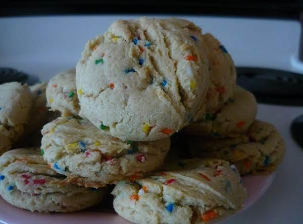 Birthday Cake Cookies!