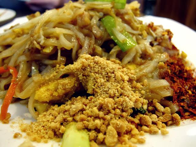 泰式炒河粉 NT 90元-泰僑村台中泰式料理