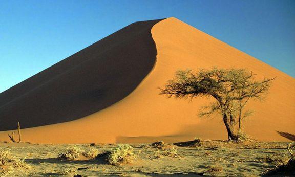 Desento de Namibe