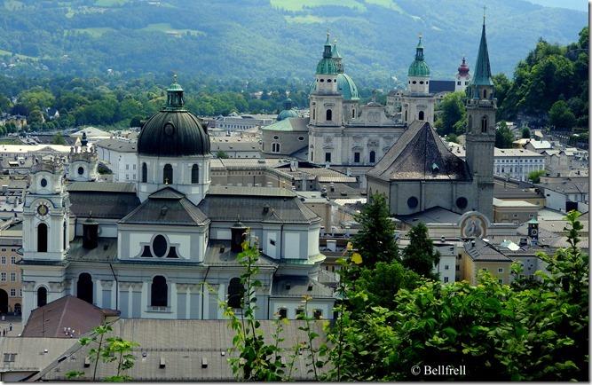 Salzburg Postkartenblick Sommer