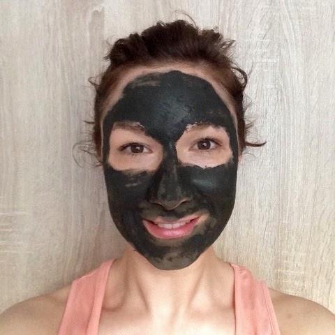 Peace Joy And Eggcake Notfalls Maske Gegen Pickel Und Unreinheiten