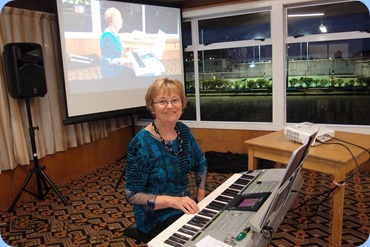 Our Events Manager, Diane Lyons, playing her Yamaha PSR-3000. Photo courtesy of Dennis Lyons.