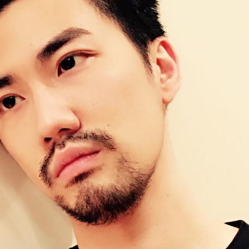 Chris Pang: SorLo (傻佬): Violin Shops In Hong Kong