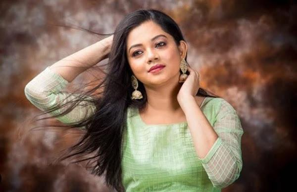 Anitha Sampath News Anchor