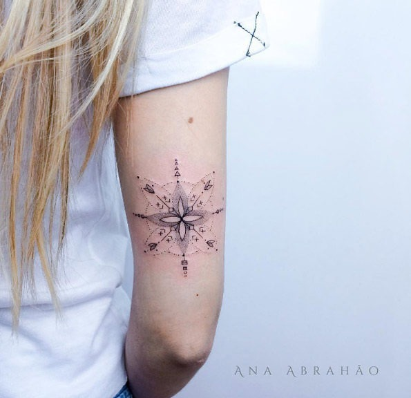 esta_bela_dotwork_design