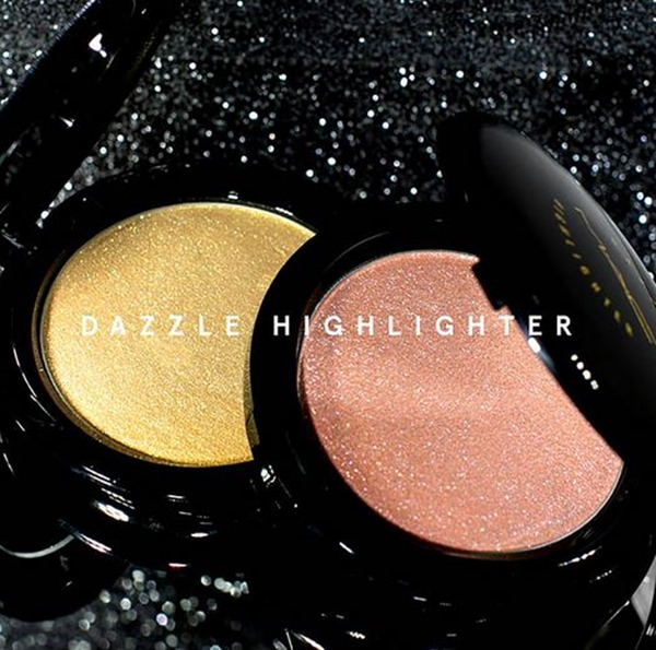 DazzleHighlighter