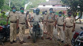 कटिहार/मोहर्रम पर्व को लेकर पुलिस ने निकला फ्लैग मार्च।  katihar news