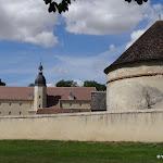 Château de Malesherbes : grange aux dîmes et pigeonnier