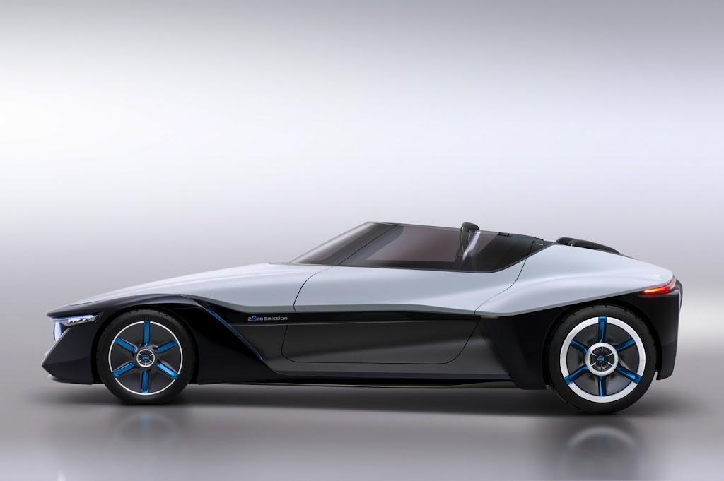 Nissan Bladeglider Concept 02