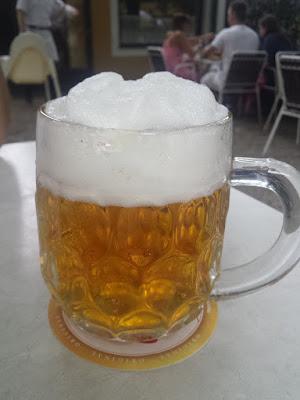 und im Bierstadl schmeckt das Budweiser besonders gut!