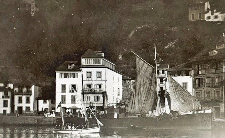 Luarca. Ca. 1887. Vapor CANOSA. Foto de la web Gabitos.tif