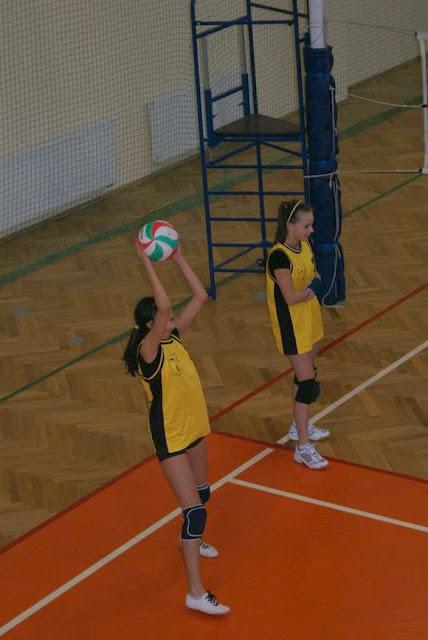 Zawody siatkarskie dziewczat 1 marca 2011 - DSC09293_1.JPG