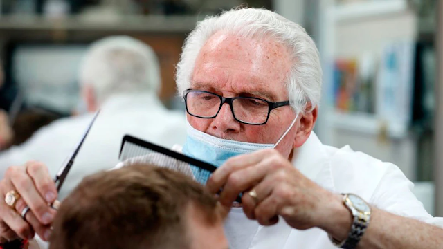 Michigan Drops Charges Against Barber For Lockdown Violations After Whitmer Orders Struck Down