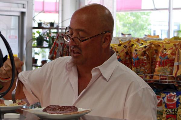 Andrew Zimmern from Bizarre Foods - 31_b.jpg