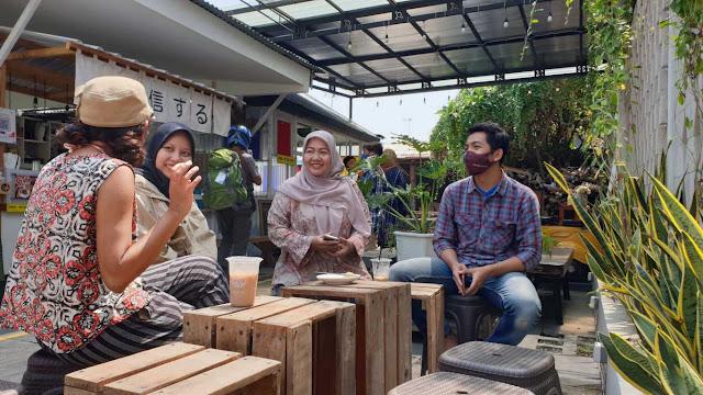 Kafe dan Kopi, Cara Muda-mudi Masa Kini Berkomunikasi