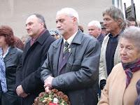 Csáky Pál és Dunajszky Géza, mögöttük Hrubík Béla (a kopjafák alkotója).jpg