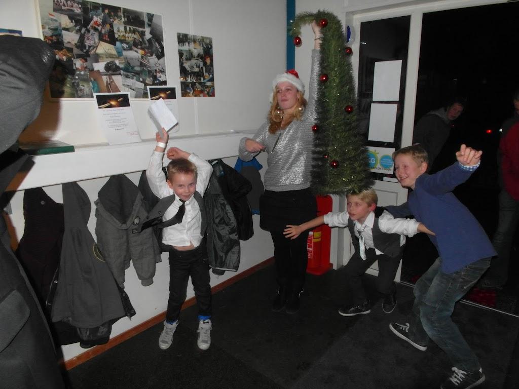 Bevers & Welpen - Kerst filmavond 2012 - SAM_1675.JPG