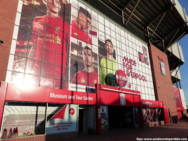 visita-anfield-liverpool-campo.JPG
