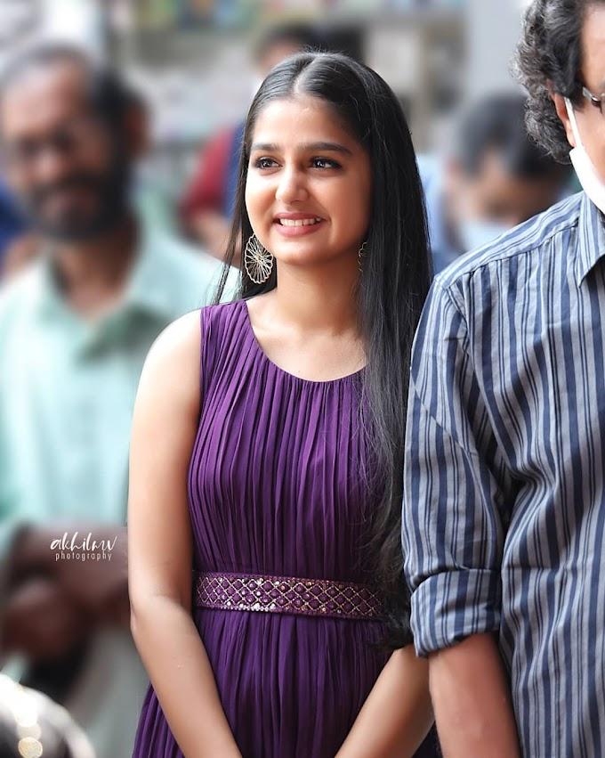 Anaswara Rajan Malayalam Actress Latest Pic's In Violet Dress